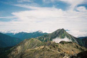 南アルプス・間ノ岳からの北岳・甲斐駒ヶ岳